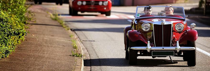 une voiture vintage
